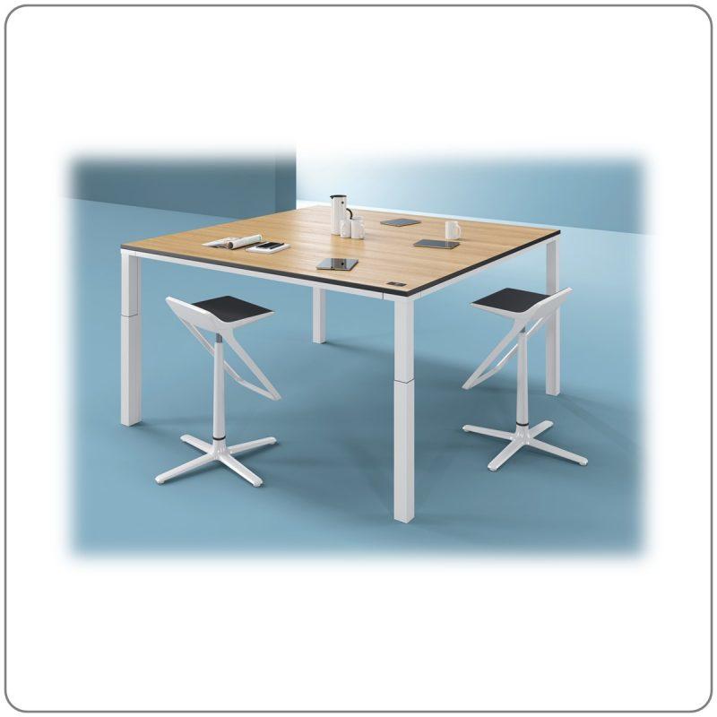 Steh-Sitz-Besprechungstische